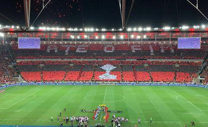 """O mosaico """"até o fim"""" exibido contra o Grêmio."""