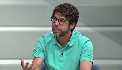 Juninho Pernambucano, quando ainda era comentarista do grupo Globo.