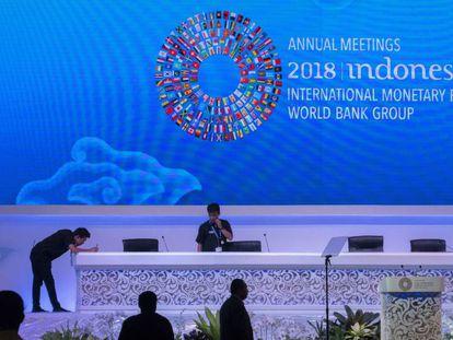 Últimos preparativos para a reunião anual do FMI e o Banco Mundial em Bali.