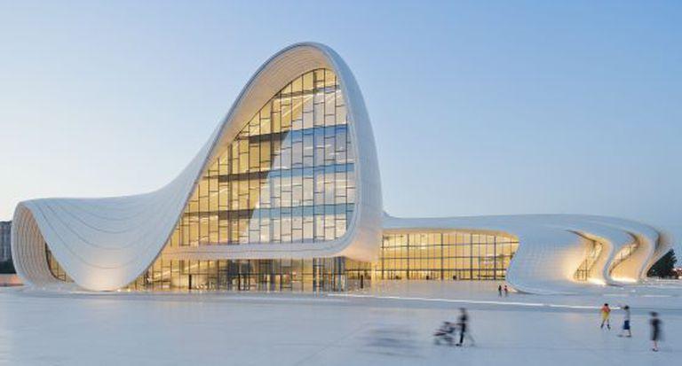 O novo Centro Cultural Heydar Aliyev, no Azerbaijão.