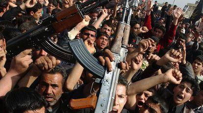 Protesto xiita em Bagdá, em fevereiro de 2006