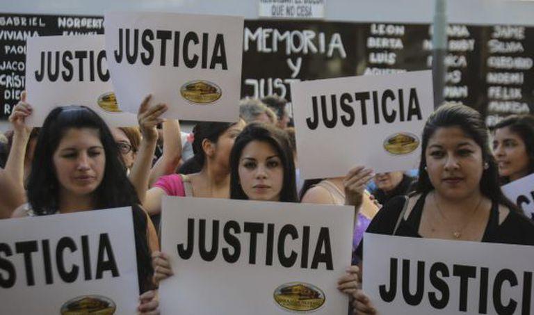 Grupo exige justiça no caso Nisman.