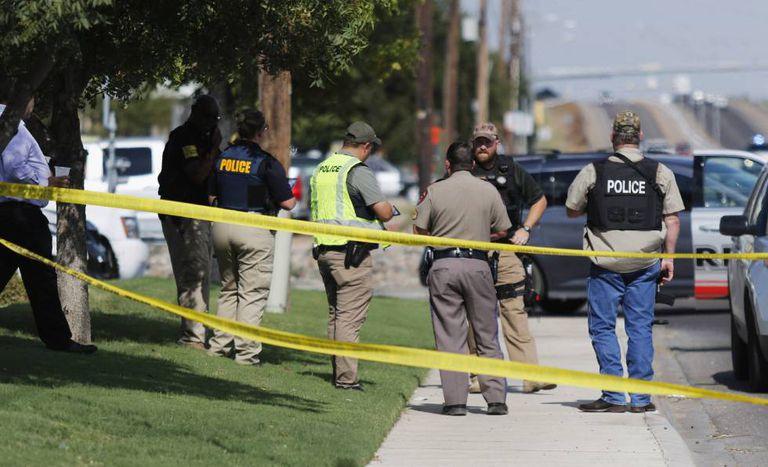 Autoridades cercam a região do tiroteio.