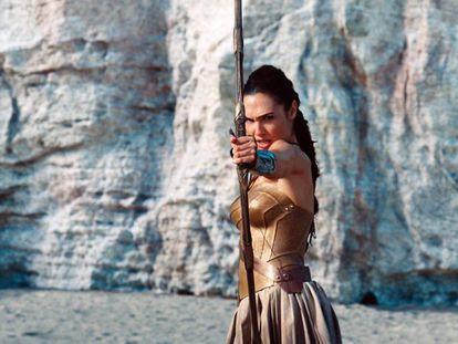 Por que Mulher Maravilha é a primeira super-heroína que busca a igualdade entre homens e mulheres