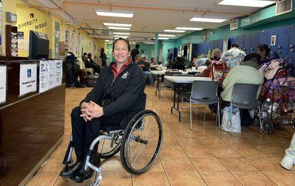 Ruth Núñez, diretora do centro de recursos para pessoas sem lar do bairro da Missão.