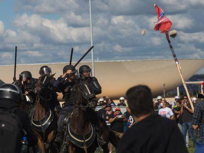 Protestos contra o presidente Michel Temer na tarde de quarta-feira.