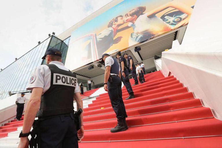Ensaio da cerimônia de abertura do festival de Cannes, nesta segunda-feira.