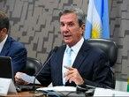 Fernando Collor de Mello durante atividade no Senado.