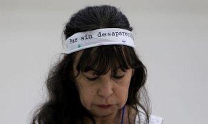 Yaneth Bautista, cuja irmã foi torturada e assassinada por membros da Fuerza Pública.