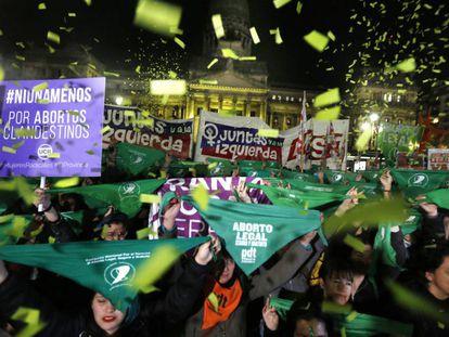 Manifestação na Argentina a favor do aborto legal.