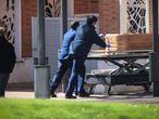 Dvd 994 24/3/20Llegadas sin parar de féretros al crematorio de La Almudena, muchos sin familiares en su despedida.KIKE PARA.