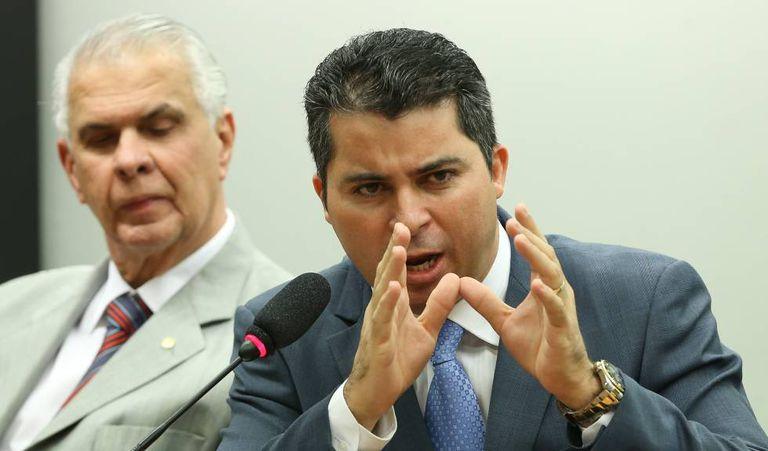 Marcos Rogério durante entrevista.
