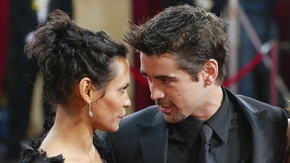Colin Farrell com a modelo Kim Bordenave, a mãe de seu filho James, em 2003, em Hollywood.