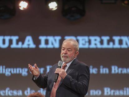 O ex-presidente Lula participa de debate em Berlim, Alemanha, em 10 de março.