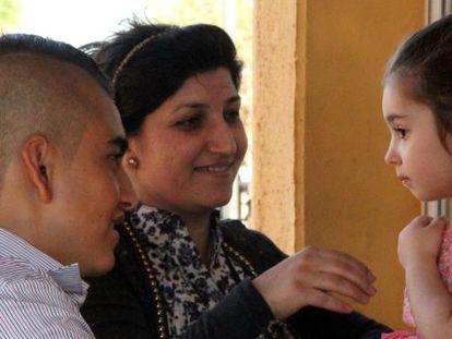 Safin, na quinta-feira, com dois parentes no CETI de Melilla.
