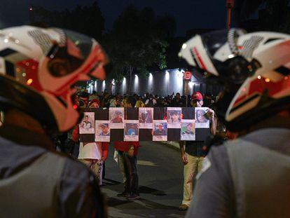 Manifestantes protestam contra o massacre em Paraisópolis, ação policial com 9 mortos.