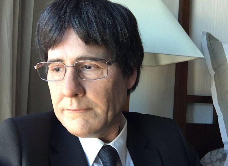 Joaquín Reis caracterizado como Carles Puigdemont.