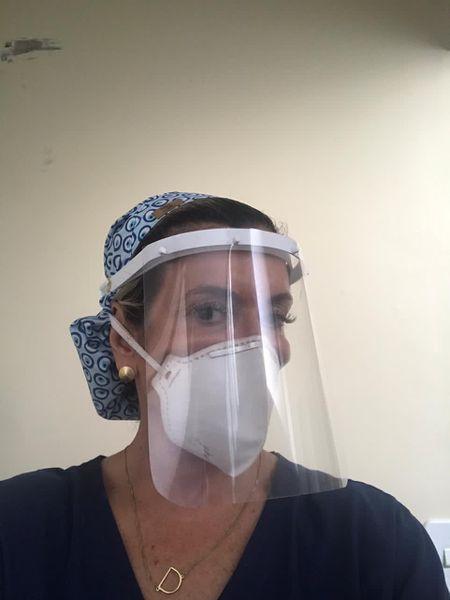 A obstetra Debora Januzzi, de 54 anos, testou  positivo para coronavírus em maio e depois em dezembro.