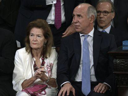 Os juízes Elena Highton de Nolasco e Ricardo Lorenzetti, da Corte Suprema da Argentina.