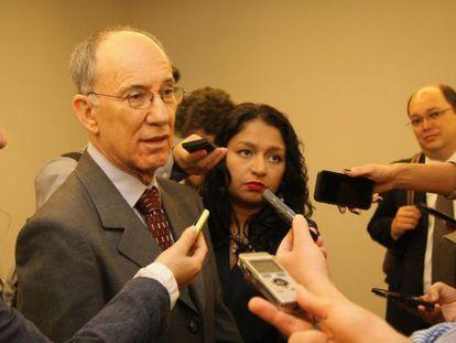 O presidente do PT, Rui Falcão.