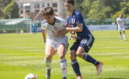 Marta Corredera (7) no amistoso realizado domingo contra o Japão.