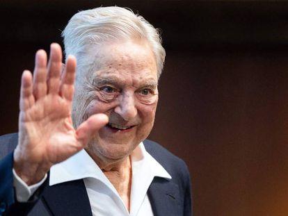 O investidor e filantropo George Soros, em uma conferência.