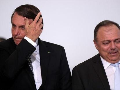 Presidente Jair Bolsonaro e seu ministro da Saúde, Eduardo Pazuello.