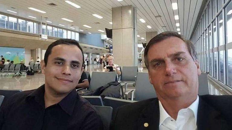 O assessor Tércio Arnaud e o presidente Jair Bolsonaro.