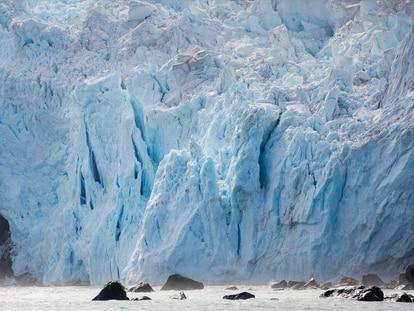 Paisagem antártica vista do navio Arctic Sunrise, do Greenpeace, durante expedição científica realizada em janeiro de 2020