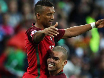 Nani abriu o placar para Portugal.