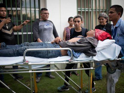 Um dos feridos na marcha desta quarta-feira.