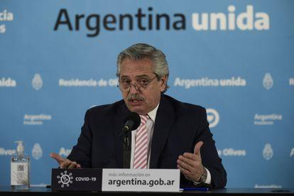 O presidente Alberto Fernández anuncia que Argentina e México estarão a cargo da produção e distribuição de uma futura vacina para a covid-19 na América Latina.