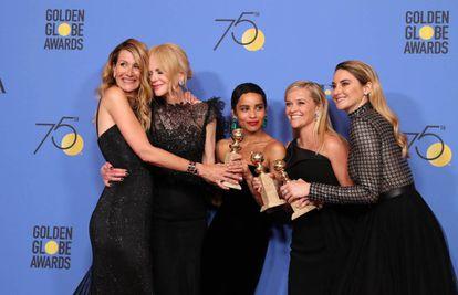 Laura Dern, Nicole Kidman, Zoe Kravitz, Reese Witherspoon e Shailene Woodley, vencedoras com a série 'Big Little Lies'.