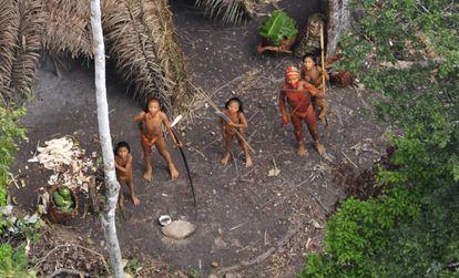 Um dos povos isolados da Amazônia.