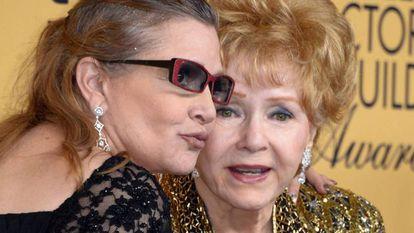 O falecimento de Carrie Fisher e Debbie Reynolds emocionou o mundo do cinema.