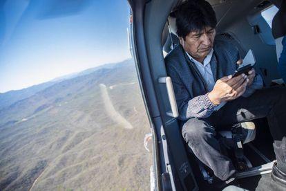 Evo Morales a caminho de Chuquisaca, em plena campanha eleitoral.