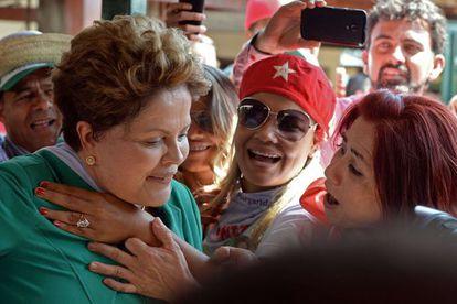 Dilma Rousseff durante campanha em Brasília.