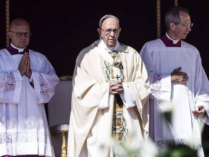 O papa Francisco neste domingo no Vaticano.