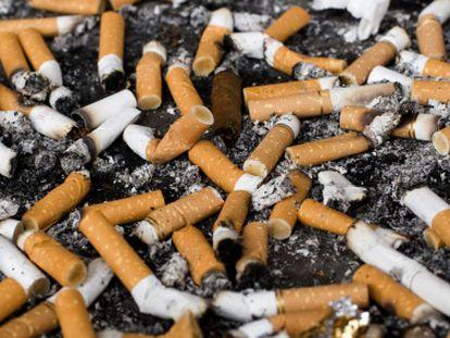 Viver com um fumante pode causar morte prematura.
