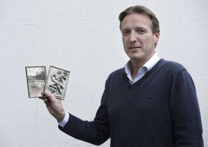 Arthur Brand mostra duas fotos de esculturas realizadas para o regime de Hitler e que resgatou em 2015.