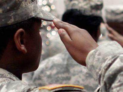 Militares norte-americanos após regressarem do Afeganistão, em 2012.