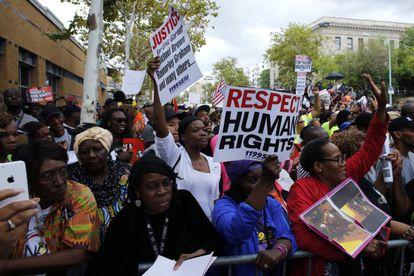 Protestos em NY contra a violência policial, neste sábado.