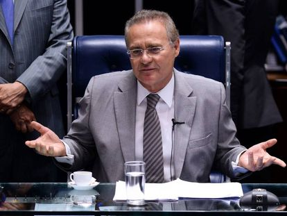 Renan Calheiros na sessão do Senado desta segunda-feira.
