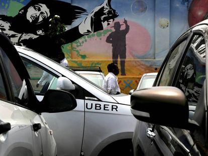 Uber está sendo investigada por evitar controles.