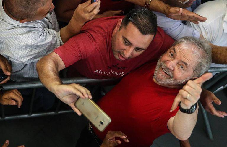 Lula acompanha o julgamento em São Bernardo do Campo.