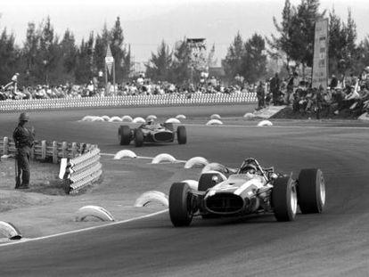 Pedro Rodríguez, no GP do México de 1967.