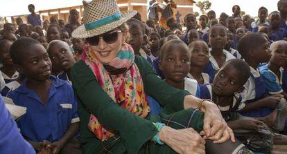 Madonna, em sua viagem ao Malawi em novembro passado.