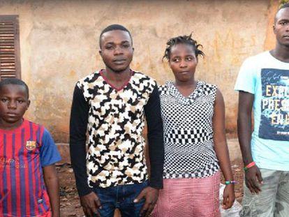 Órfãos do ébola em sua casa de Conakry, o 12 de janeiro.