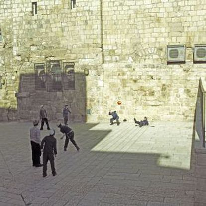 A família de Amos Oz se estabeleceu em Jerusalém em 1934 e graças a isso sobreviveu ao genocídio nazista.