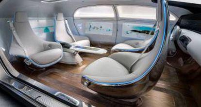 Interior do modelo de Mercedes Benz.